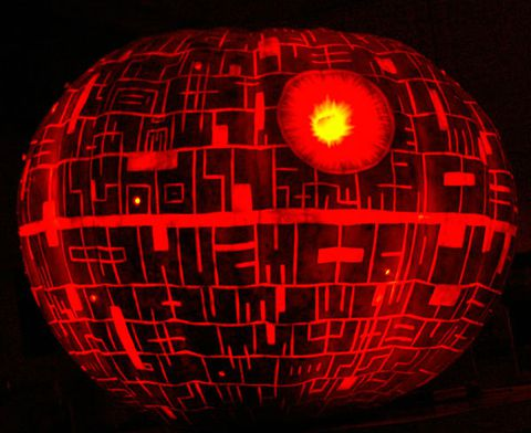 Cinta pumpkin carving and Star Wars? Try carving this pumpkin at home: Death Star Carving tutorial. May the Force be with you…