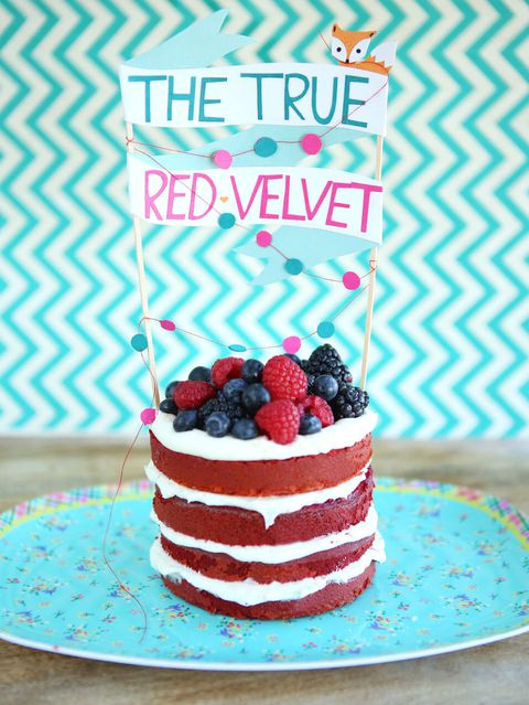 rosso velvet cake with goat cheese frosting
